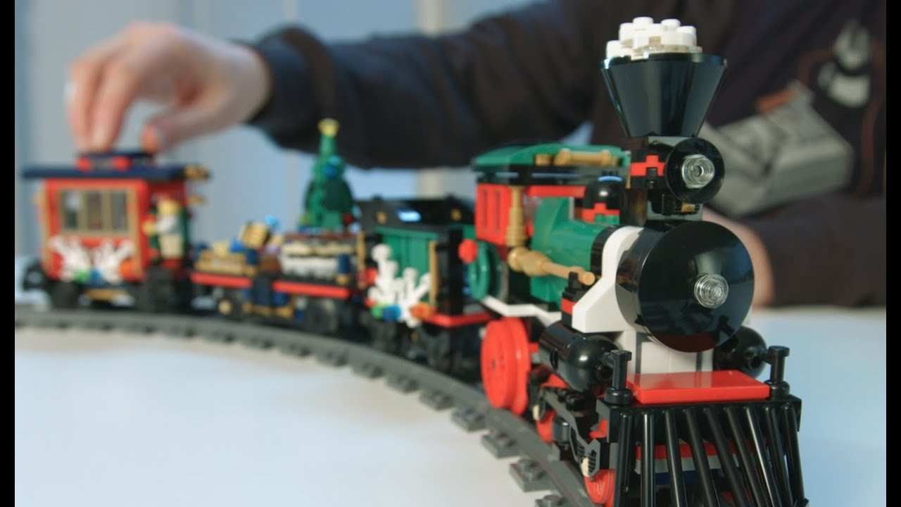 Holiday Train - LEGO Creator Expert - 10254 - Designer Video - YouTube