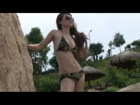 Hoa Hau Dien Anh Kieu Chinh - Hau Truong Chup Bikini O Nha Trang.mp4