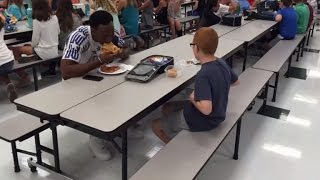 FSU Player Invites Boy with Autism To Game After Lunchtime Photo Warmed Hearts