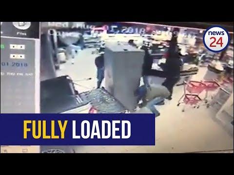 WATCH: Brazen Eastern Cape bakkie thieves make off with entire Sassa ATM