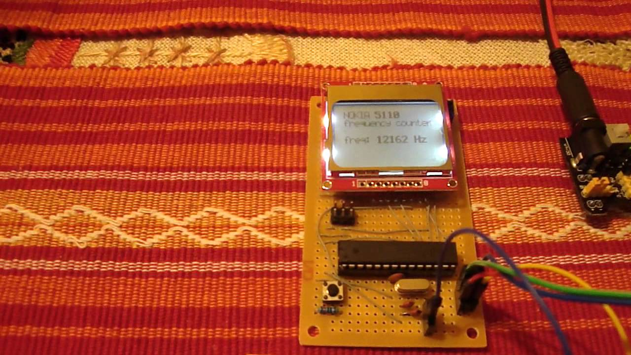 Arduino on stripboard + Nokia 5110 + frequency counter