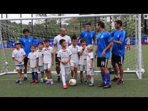 Soccer legend Roberto Carlos visits Stamford American International School Singapore
