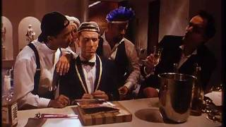 Four rooms trailer castellano