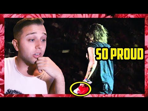 HARRY STYLES IS PASSIONATE ABOUT POUTINE - MONTREAL - 9515 (REACTION)