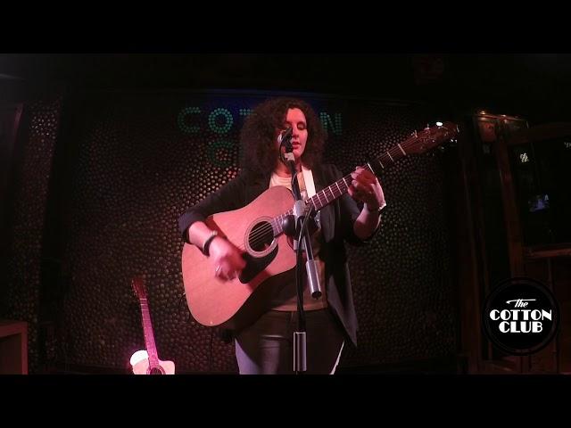 Bonica en directo en Cotton Club Bilbao Y no tenemos canción
