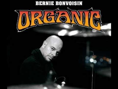 Bernie Bonvoisin Feat Casey !!! Chacun Sa Haine