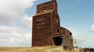 Saskatchewan Ghost Town: 1905 Grain Elevator. THE CLIMB (100 in 100)