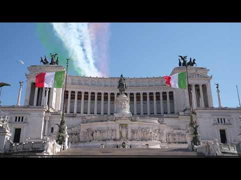 Frecce Tricolori: video del passaggio mozzafiato all'Altare della Patria (25 aprile 2020)