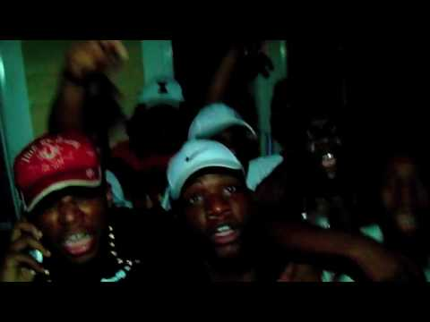Dee Moe ft West End Veno - All Bars