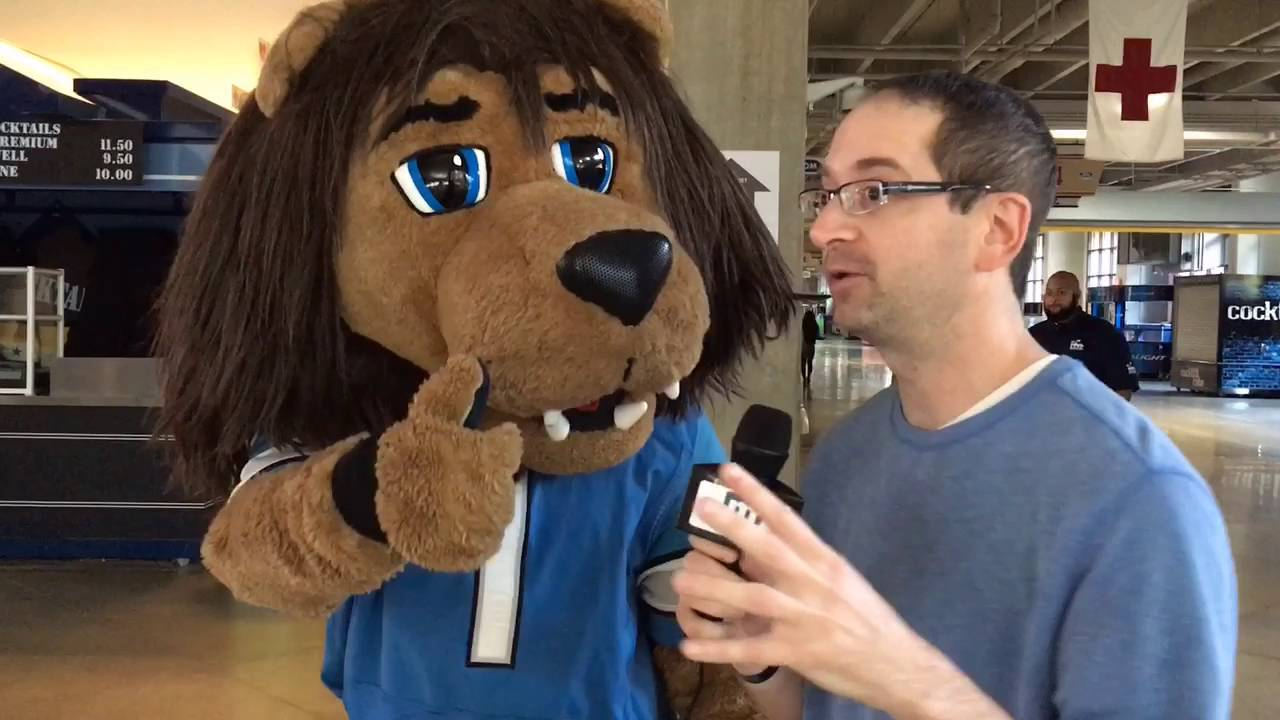Talking With Detroit Lions Mascot Roary At Detroit Lions
