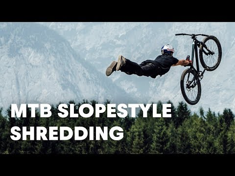 MTB Slopestyle shredding. | Crankworx FMBA Slopestyle Innsbruck 2018