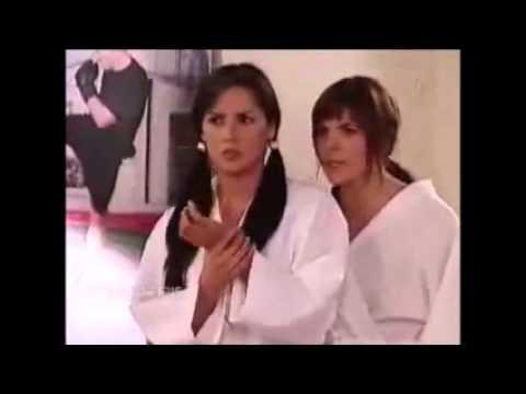 Catalina y Yessica ensenar karate