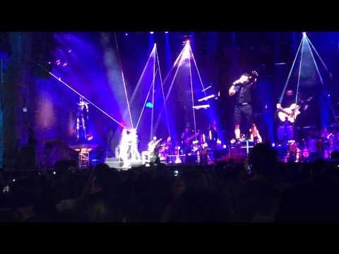 Ver Video de Romeo Santos Romeo Santos Promise en vivo desde yankee stadium 7/11/14