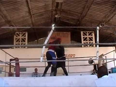 Visita a Academia de Boxe em Cuba 05