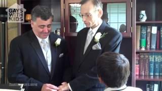 Download lagu Gay Dad Wedding Wayne and Jay MP3