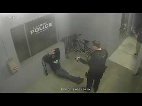 Fail: man tries to steal bike from police station