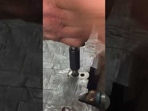 Head Bolt Thread Repair – 2000 Honda Civic 1.6L