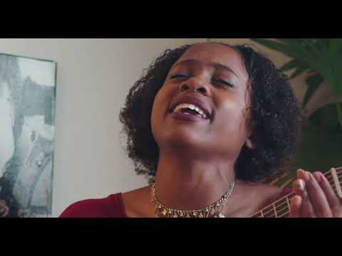 Isis Christopher || Colors (Live Acoustic Sessions)