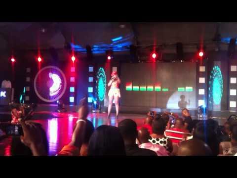 Kaaki performs Skin tight at The 2012 Vodafone Ghana Music Awards festival (VGMA)