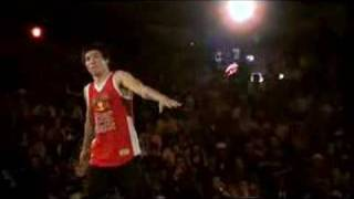 The End vs. Muxibinha - Red Bull BC One 2006