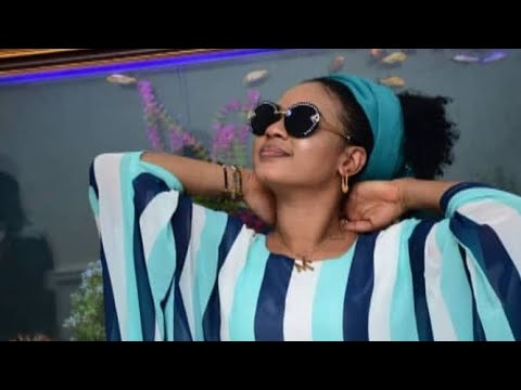 Download Nazifi Asnanic - Hausa Video Song 2019 Ft Sha awa Adam