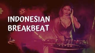 Girls dancing Indonesian Breakbeat