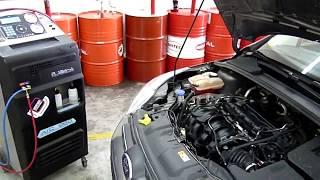 видео Ford focus 2 заправка кондиционера