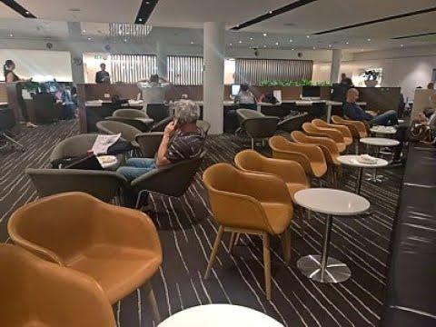 MEL: Melbourne International Qantas Business Class Lounge