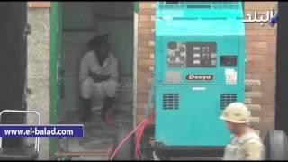بالفيديو .. مجند يحتمي من الأمطار بغرفة خفير مدرسة صفية زغلول