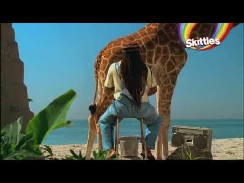 Mr  Reggae Melkt Giraffe Skittles Witzig Funny Werbung 2013