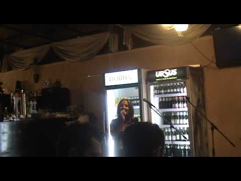 "Ioana Moldovan""Fara tine""-Karaoke Constanta Iulie 2012"