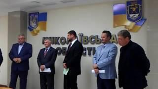 Видео БлиNКом. Губернатор о себе и о налогах(, 2016-11-03T16:23:58.000Z)