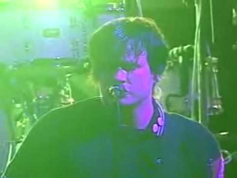 It Hurts - Angels & Airwaves - Kroq Almost Acoustic 2006