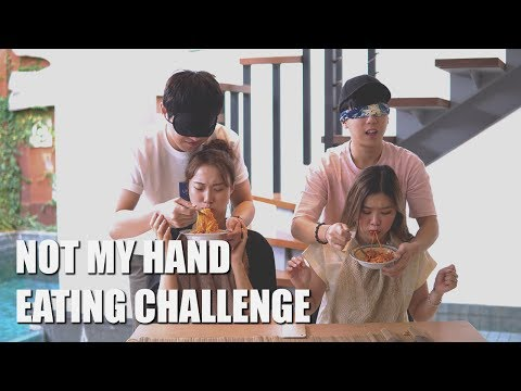 NOT MY HAND [EATING CHALLENGE] at De Mello's Villa Bali [korean]