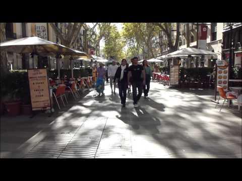 La Rambla - Barcelona - A Walk along Las Ramblas on a sunny day