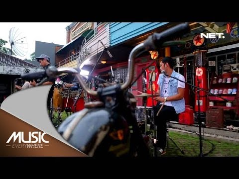 Music Everywhere - Maliq & D'Essentials - Penasaran