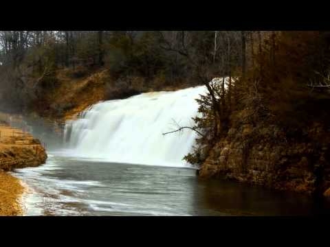 Thunder Bay waterfall-Lake Galena Illinois time lapse