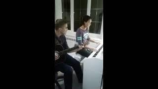 В мире животных гитара и фортепиано