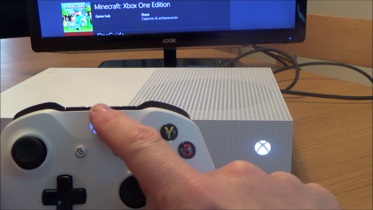 How to Connect a wireless Controller to your Xbox One S console