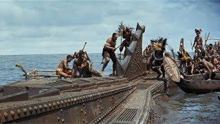 【宇哥】食人族发现一艘超级潜艇,想进去饱餐一顿,却险些送命…高分科幻片《海底两万里》