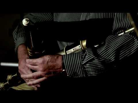 Liam O'Flynn & Paddy Moloney - Dueling Chanters
