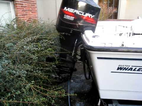 mercury 125hp outboard flushing after saltwater run youtube. Black Bedroom Furniture Sets. Home Design Ideas