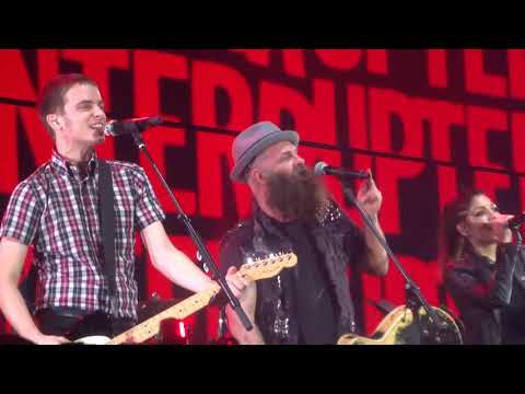 "The Interrupters ""timebomb"" with tim Armstrong of rancid @ The KROQ Almost Acoustic Christmas"