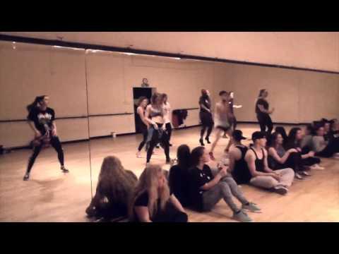 Sin Contrato Maluma ft Fifth Harmony  Choreography Yonier Garcia Mundo Dance