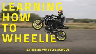 Learning how to Wheelie | Extreme Wheelie School | MT07 and MT09