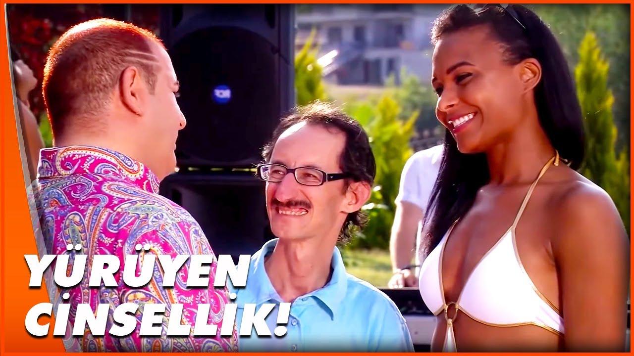 Kolpaçino | Çok Eşlilik Sever misin? | Şafak Sezer Türk Komedi Filmi