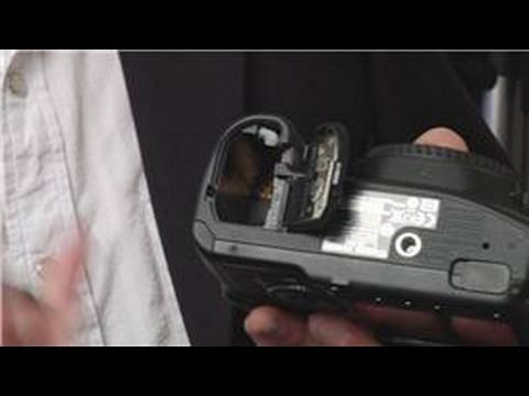 Getting Started With Canon EOS 40D : Canon EOS 40D: Installing Battery