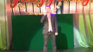 Первый раз пою на сцене, не судите строго:)