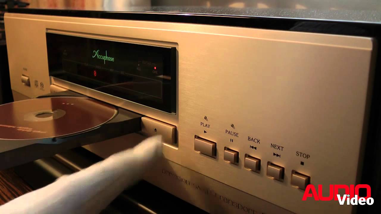 Accuphase 560 test audio on webcam