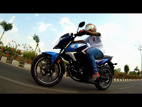 honda hornet 160r 2017 blue bs4 aho first ride walkaround. Black Bedroom Furniture Sets. Home Design Ideas